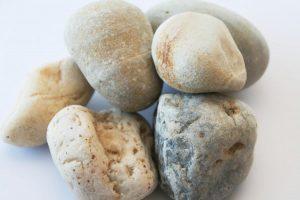 d_pedras_medias